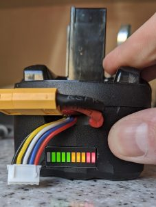 The working battery voltage monitor